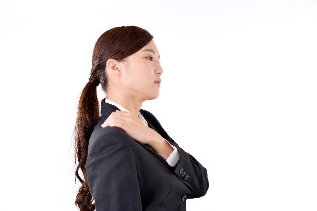 つらい肩甲骨の痛みはこう改善せよ!
