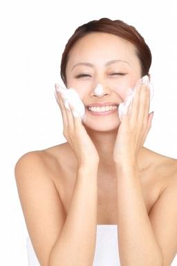 王道の正しい洗顔方法!すべすべお肌になろう