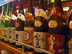 お酒を飲むなら日本酒でしょ美容効果がピカイチ