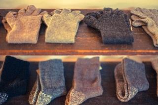冷えとり靴下って何枚重ねるの?履き方と効果について