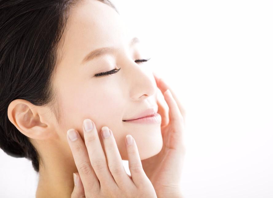 「小鼻の赤み」の悩みは意外と深刻。5つの原因と、原因別改善