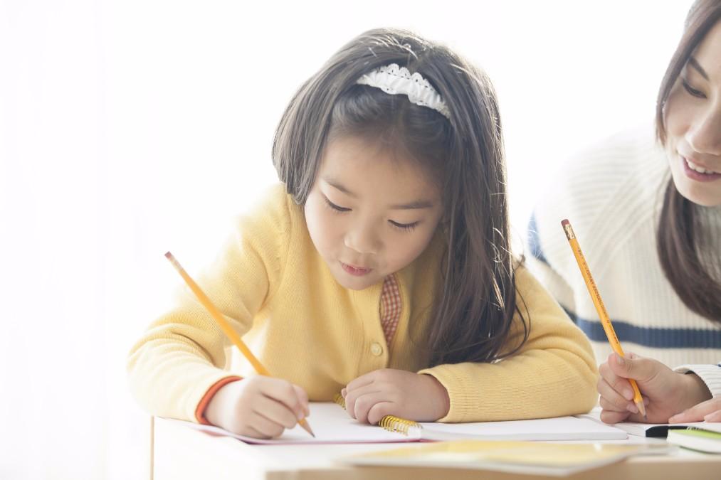 子供が初めてお留守番をする時に教えておくべき5つのこと