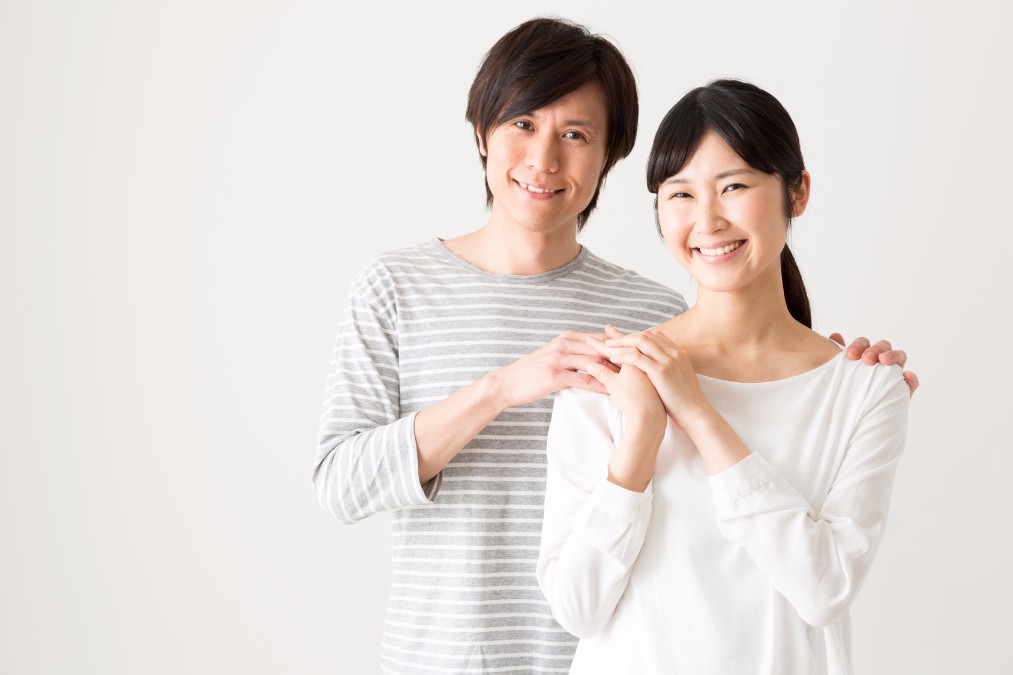 【ずっと仲良くしたい】夫婦のスキンシップの効果と6つの方法