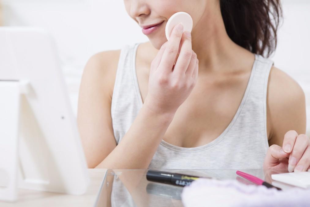 【化粧崩れ撃退】ファンデーションが浮く5つの原因と予防法