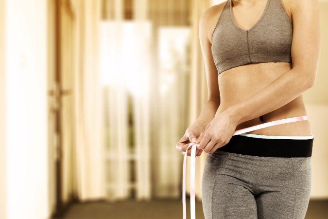 どうしたらいい?お腹がぽっこりする「胃下垂」の正しい治し方