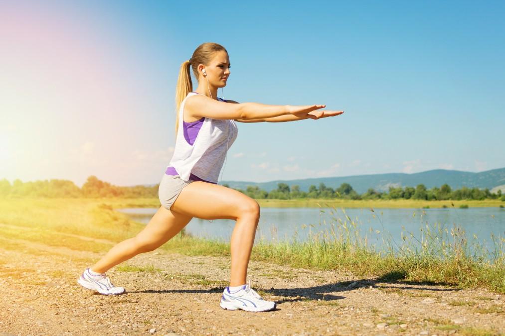 膝の辛い痛みの3つの原因と膝周りの筋トレで改善する方法