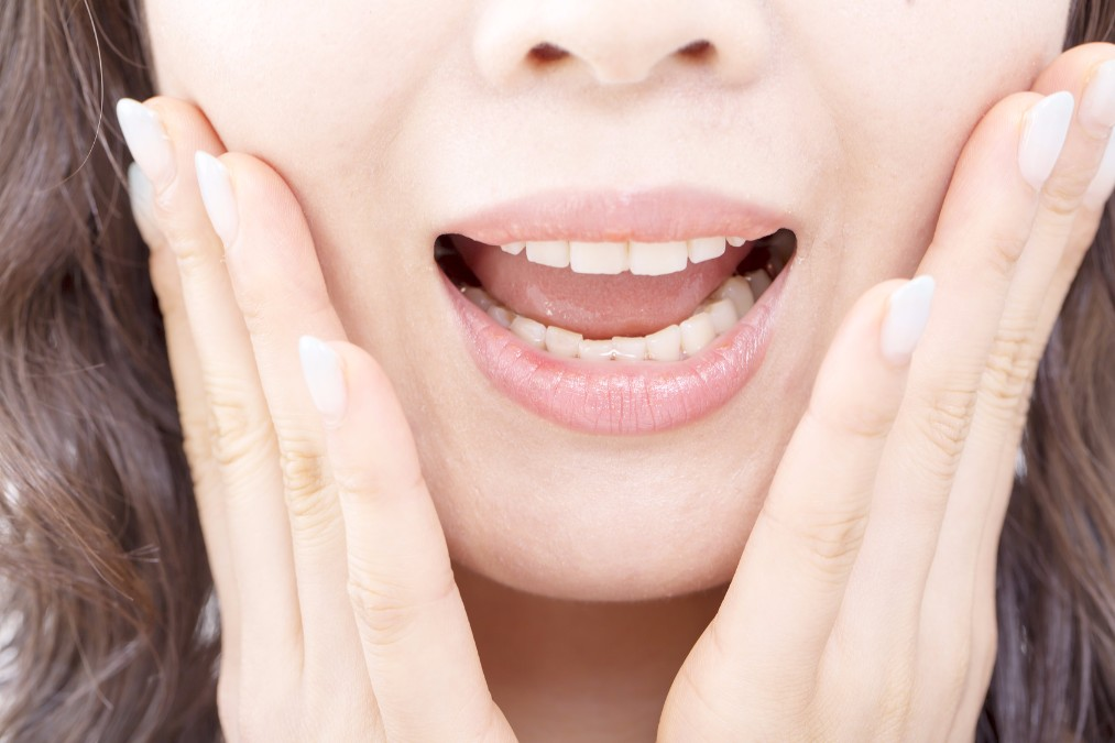 「私の口くさいかも」と思ったら確認すべき口臭の種類と消す方法