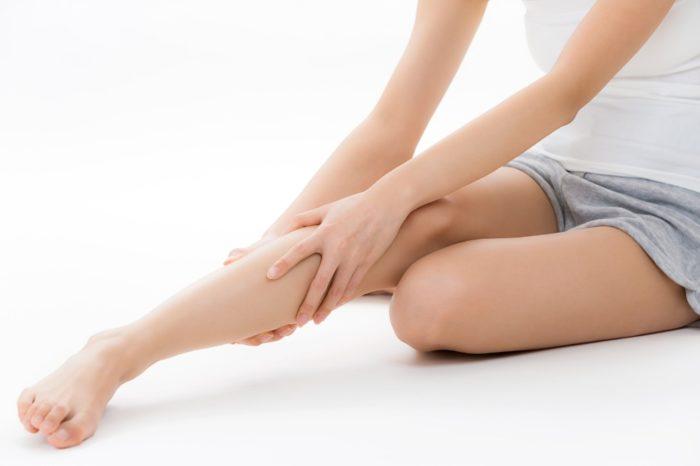 細長美脚をGETする、部位別脚やせストレッチのやり方