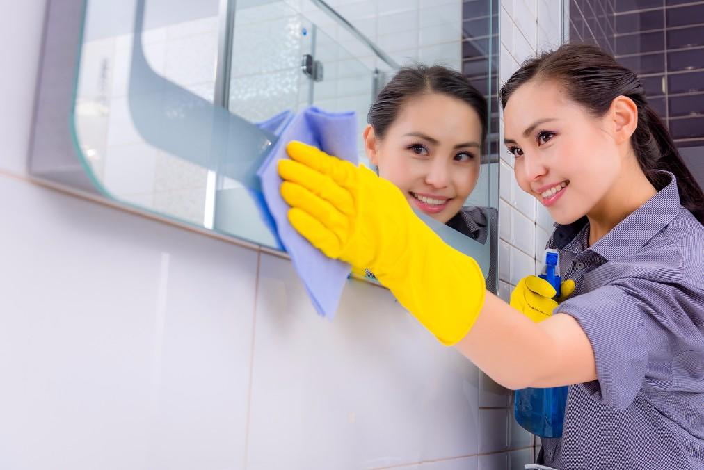 お風呂の排水管が詰まった時に、自宅でもできる掃除方法6つ