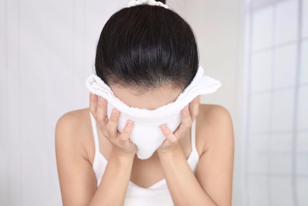 毛穴の開きの3つのタイプとスキンケアを見直して治す方法