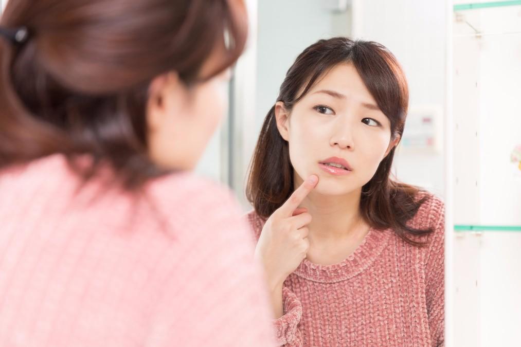 「ピーリング」で肌荒れなどの副作用が起こる3つの原因とは?