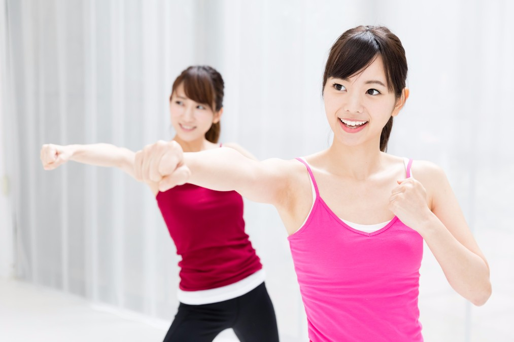メリハリボディと美肌の持ち主、橋本マナミさんのダイエット法