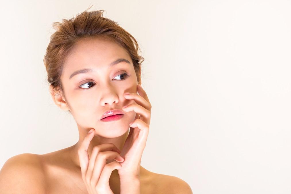 【5分あれば大丈夫】簡単キレイに仕上がる化粧崩れの直し方