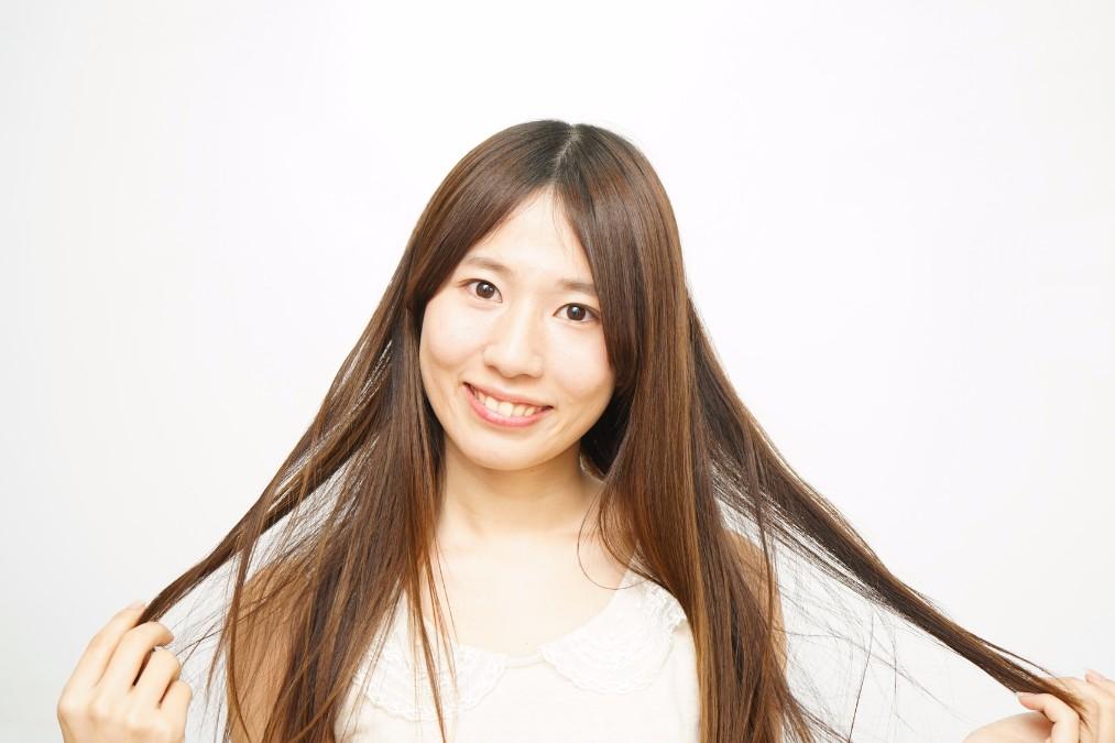正しく使って美髪Get!シャンプーブラシの使い方5ステップ
