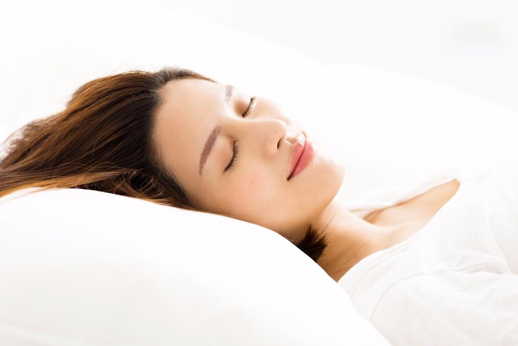 キレイな枕で眠るための洗い方&正しい干し方の4つのポイント
