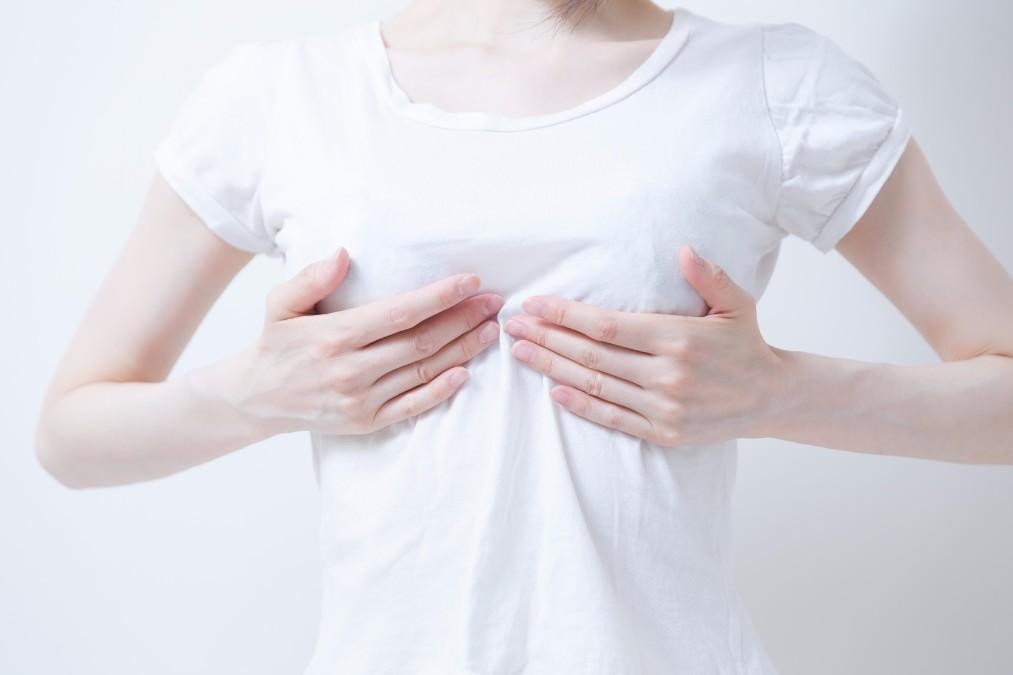 【バストダウン】卒乳・断乳でしぼんだ胸を取り戻す5つの方法