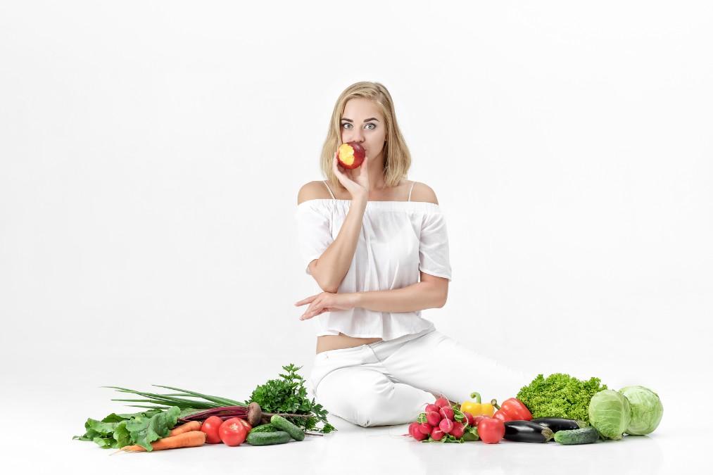 お肌の若返りをサポートする7つの栄養素と食べ物