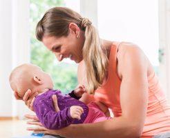 【笑顔が見たい】赤ちゃんが笑わない6つの原因と笑わせる方法