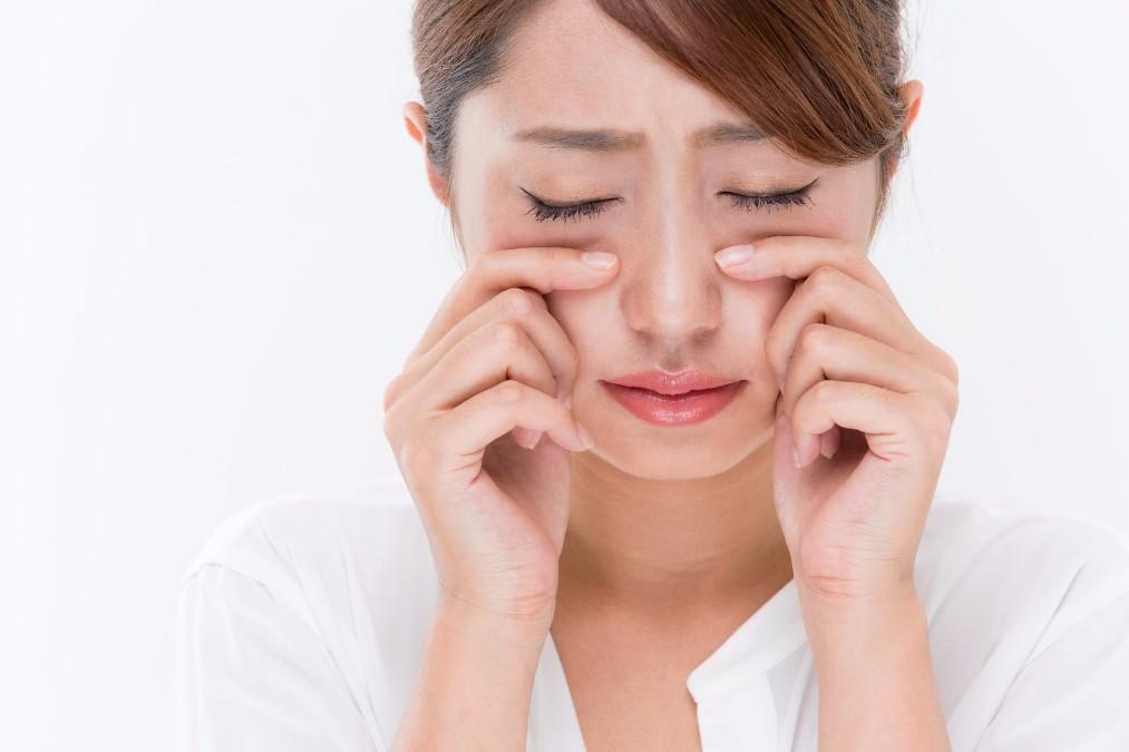 お肌を暗くする「くすみ」の5つの原因と、原因に合わせた取り方