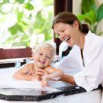赤ちゃんを連れて温泉に行く場合の施設の選び方と注意点
