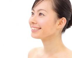 老けて見える首のシワの予防と改善法
