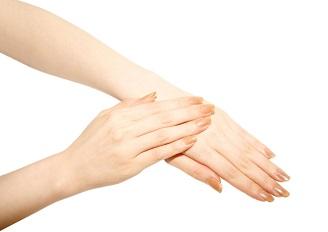 指の曲がらない「ばね指」って何?原因と治療法