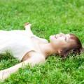 ヨガのシャバアーサナで超絶リラックス!寝ながらリフレッシュ効果