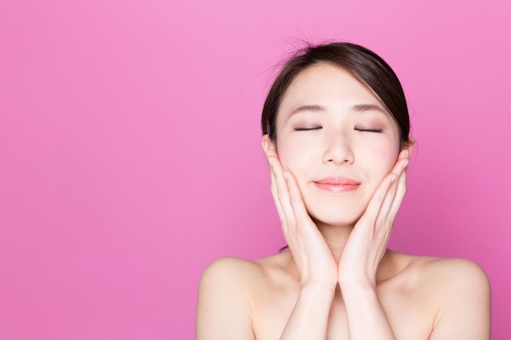 顔の筋トレが「逆効果」と言われている理由と正しいやり方とは