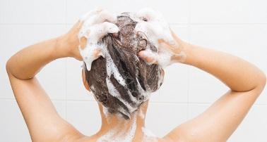 ごわごわの髪をつやつやにする方法