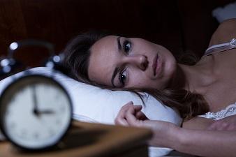不眠知らずの4-7-8呼吸法 アッという間にお休みなさい