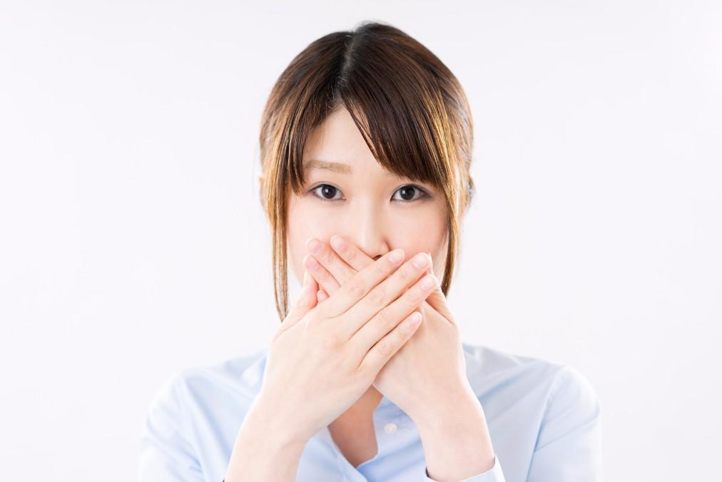 悪化させてない?唇の皮むけの意外な原因と4つのNG行動