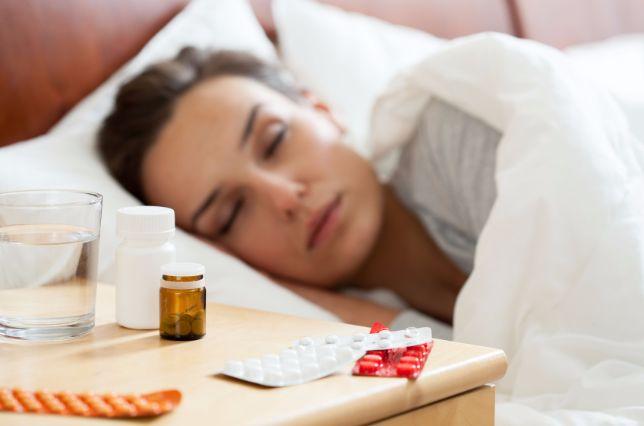 夜になるとゴホンゴホン!夜に咳が出やすい理由と止め方7つ