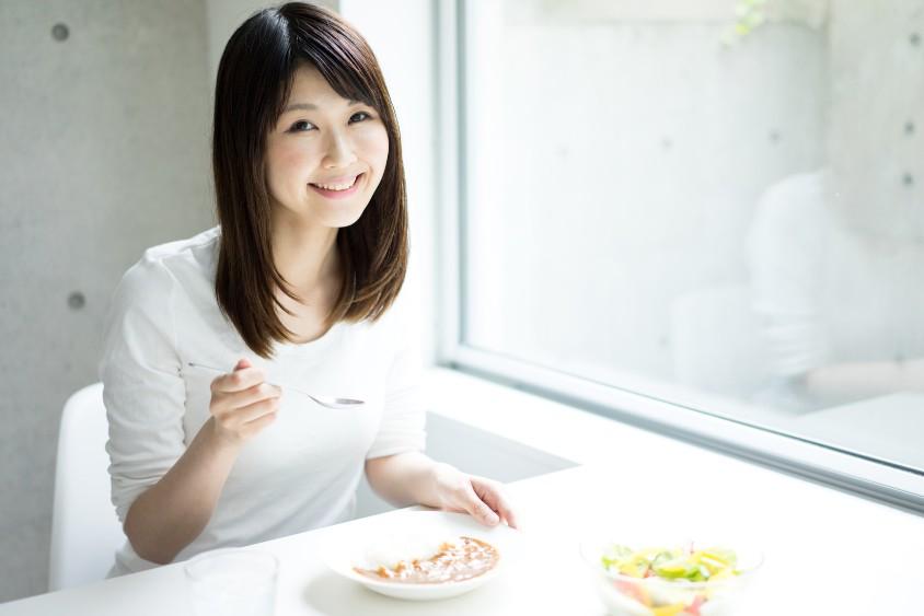 「太りやすい時間帯」が存在する!いつ食べれば太らない?