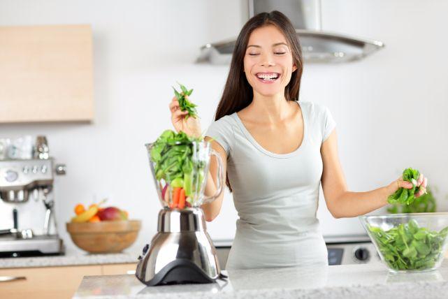 一児の母、仲里依紗さんが激痩せした3つのダイエット方法