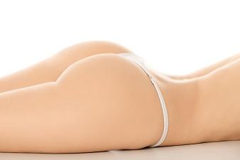 お尻ニキビの原因と治療法