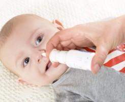 簡単にできる、赤ちゃんのための鼻水の吸い方 4つ