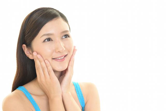 顔 の ゆがみ を 改善して 小顔 に なる!