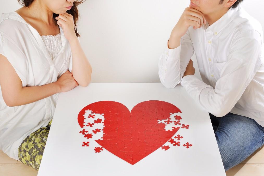 実は「ホルモン」が原因かも!彼氏への愛が冷めた時の対処法