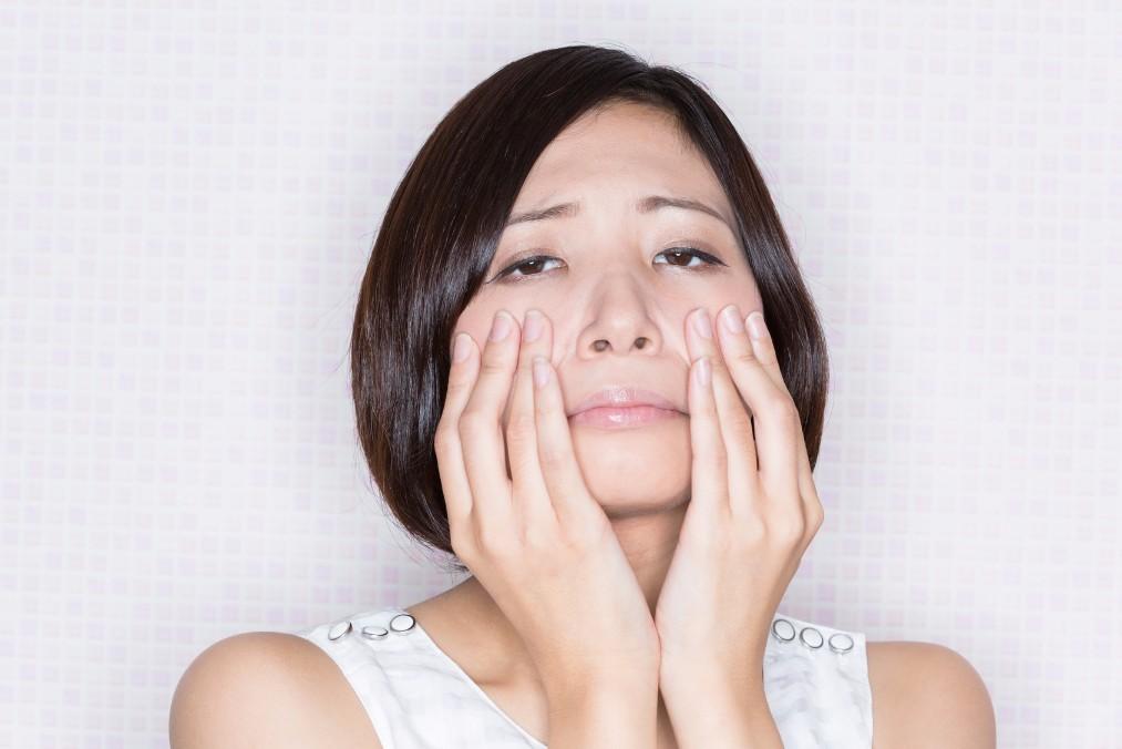 私の顔超ヤバい!そんな時にすぐ試したい5つの疲れ顔改善法