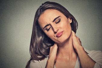 首を寝違えてしまったらしい、今後のための原因究明と予防策