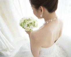 結婚式に間に合わせたい!「背中痩せ」に効果的なダイエット