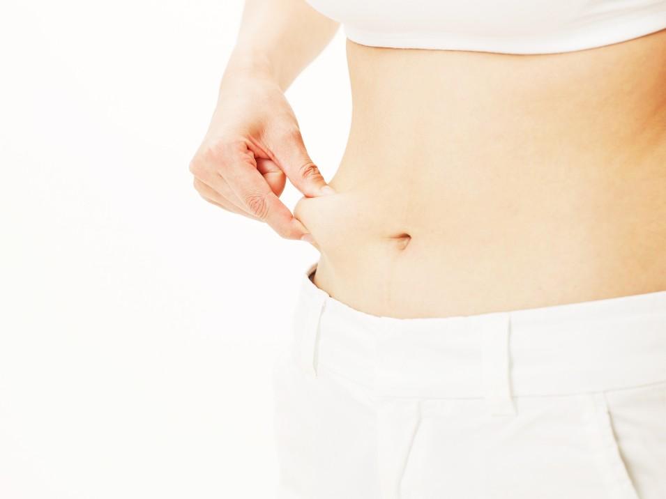お腹のたるみとサヨナラできる、即効性アリのお腹痩せの方法