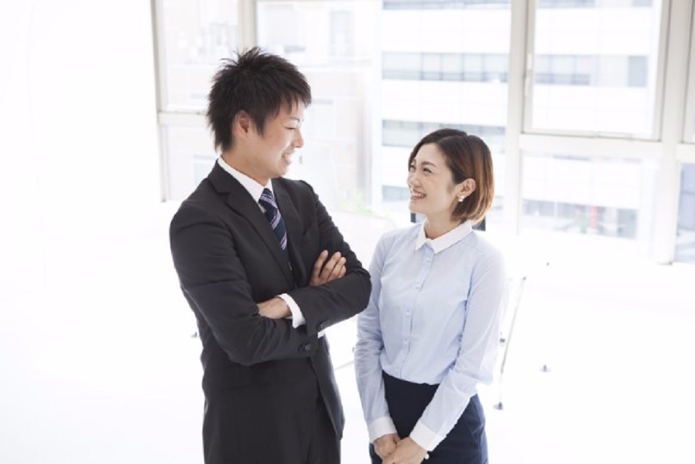 【実は超重要】会社への結婚報告のタイミングや順番、伝え方