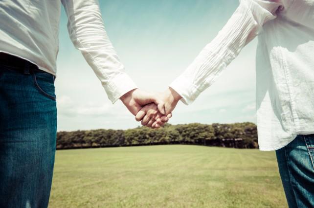 幸せなお二人必見!気になる結婚式費用の相場を徹底解説