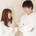 お祝いを頂いたら「結婚内祝い」を!贈る時期や相場について解説