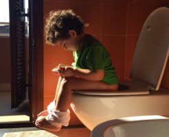 トイレトレーニングの正しい方法!楽に進めるための5つのポイント