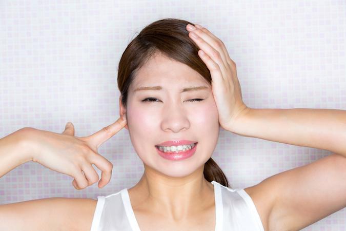 ギリリ!歯ぎしりのこわーい悪影響と治し方