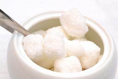 白砂糖が健康を害する理由